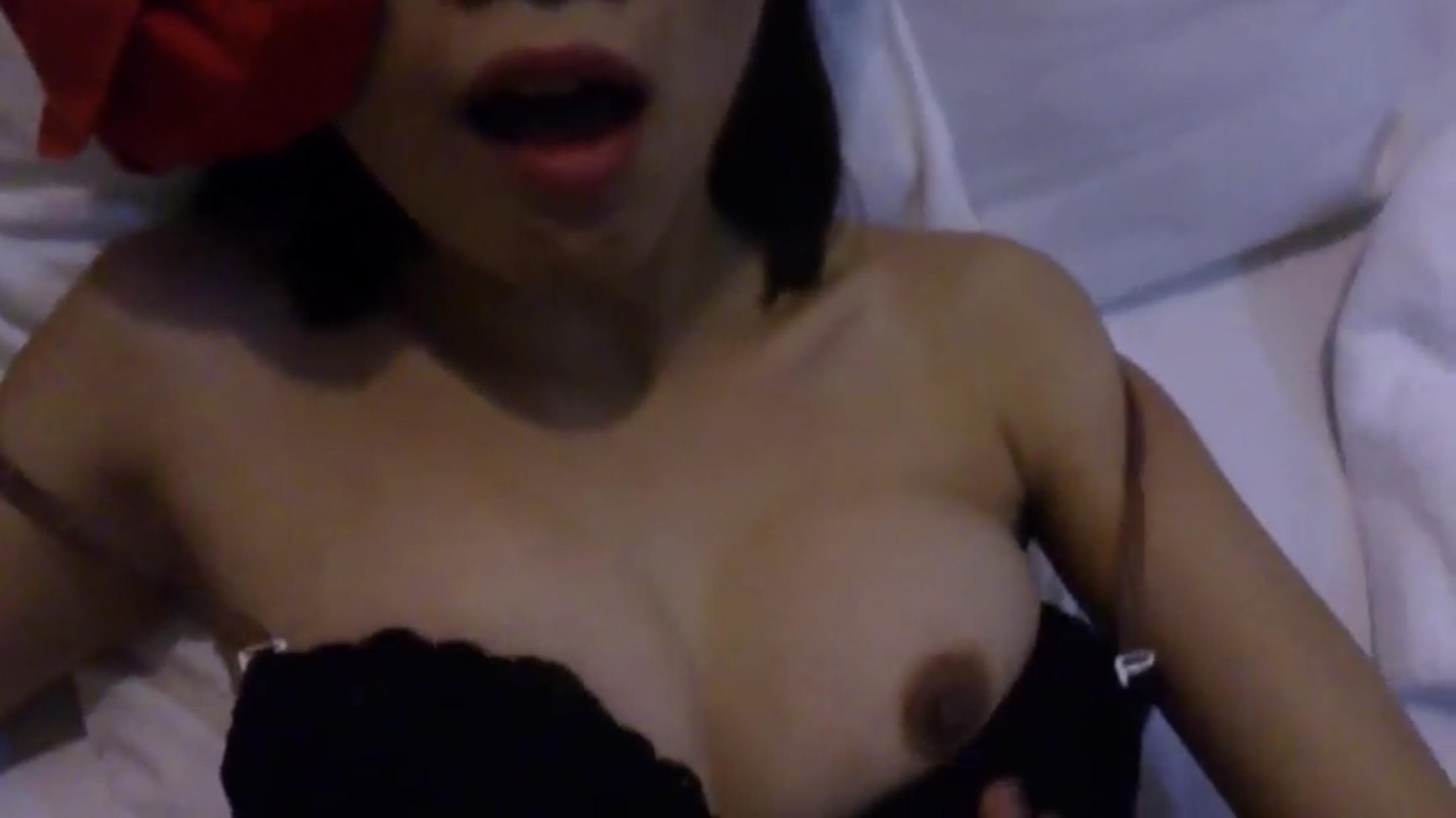 Sex Việt Cô em tóc ngắn và anh chàng chim bé